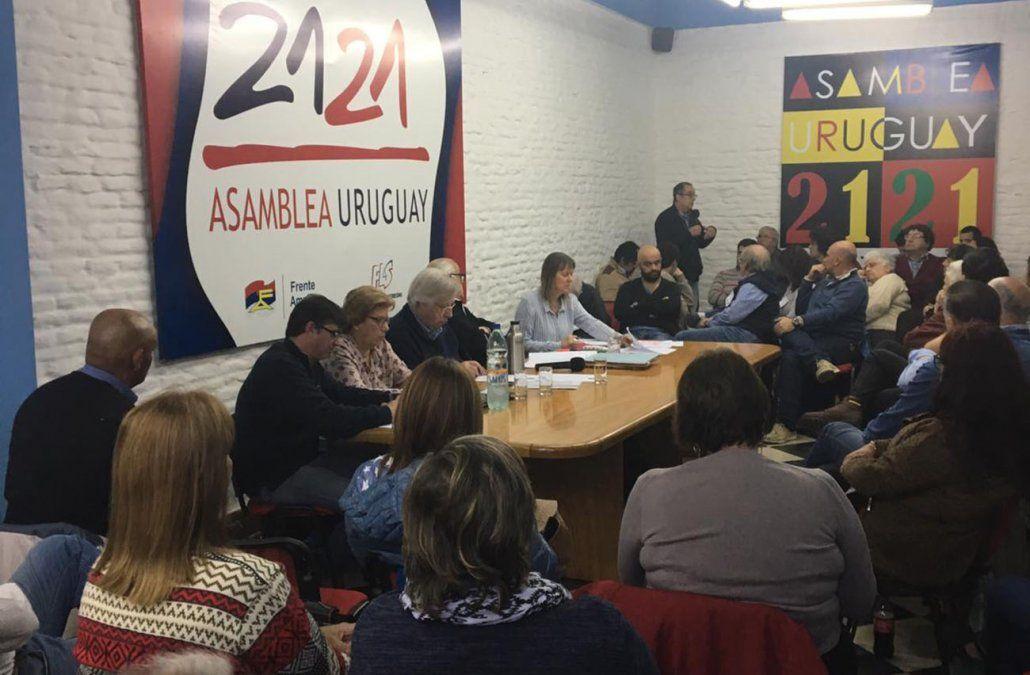 Alianza Progresista y Asamblea Uruguay respaldan candidatura de Daniel Martínez