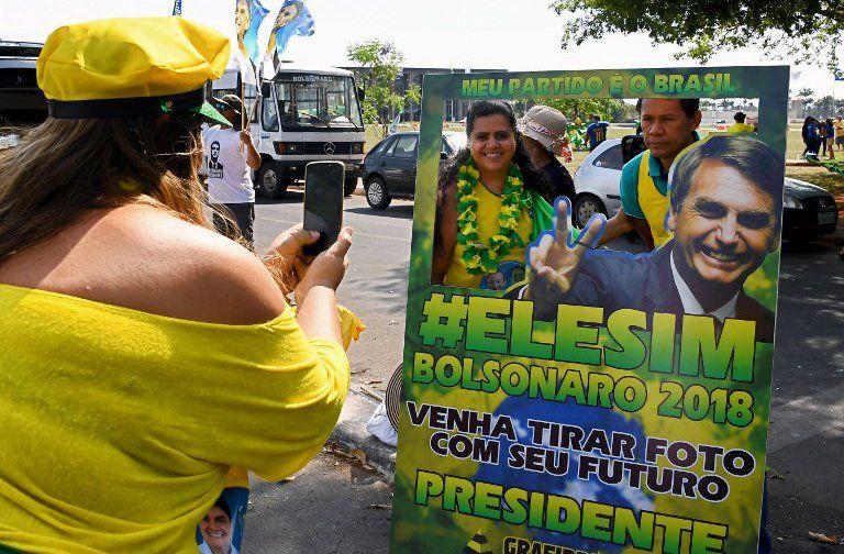 Brasil: ultraderechista Bolsonaro favorito y apuesta a ganar en primera vuelta