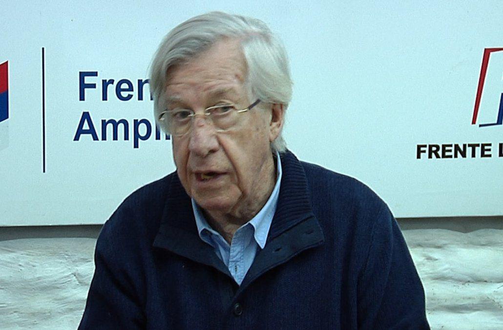 Astori sorprendido por la calificación de Fitch que bajó perspectiva de Uruguay