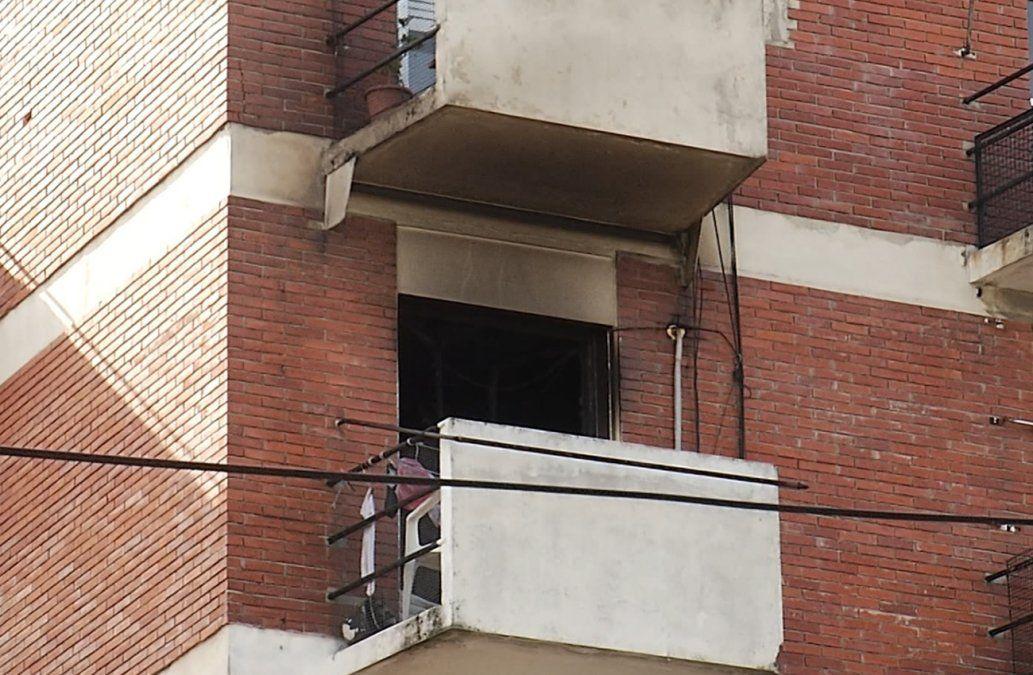 Incendio en edificio de la Aguada terminó con una mujer intoxicada