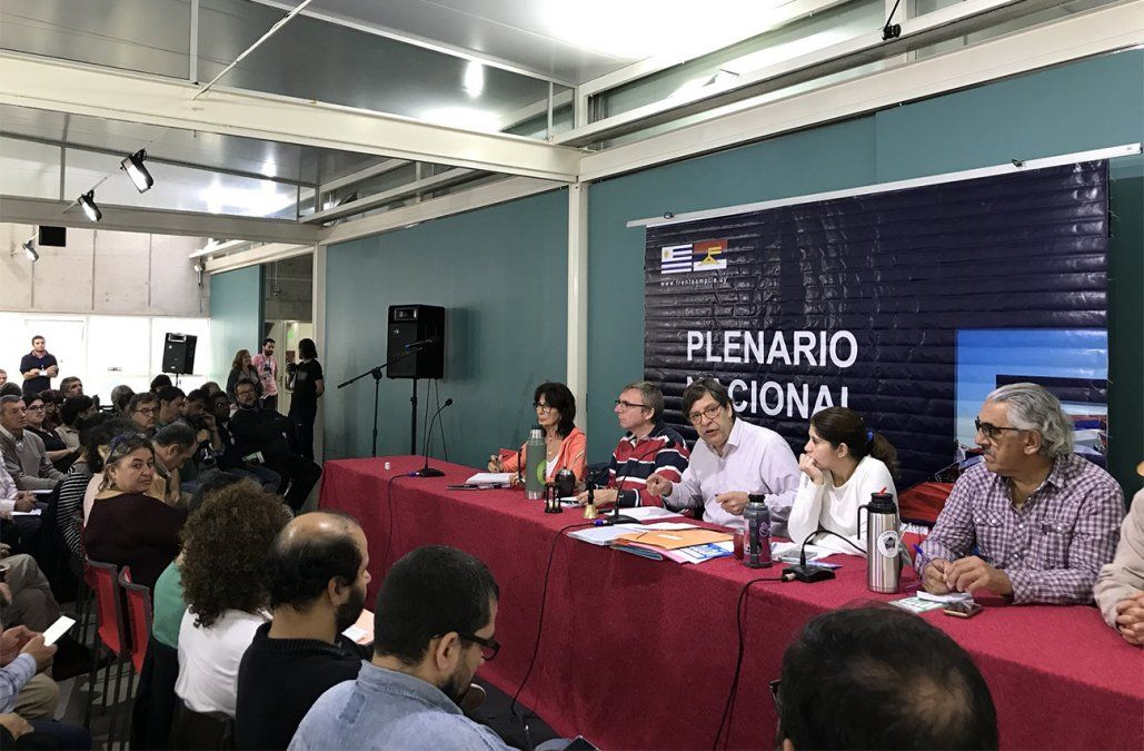 Secretariado del FA decidió postergar un mes la presentación de candidatos