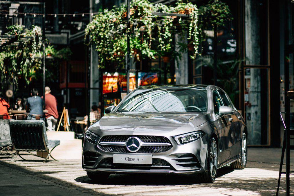 Mercedes-Benz presentó su nuevo Clase A en un exclusivo evento de gastronomía