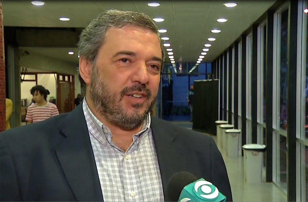 Bergara anuncia su precandidatura el viernes tras renunciar al Banco Central
