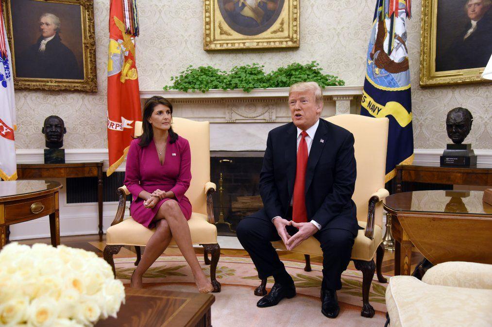 Nikki Haley causa sorpresa al renunciar como embajadora de EEUU ante la ONU