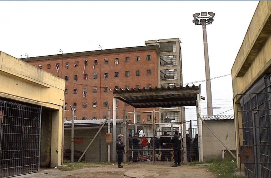 Incidente en el Penal de Libertad terminó con un recluso muerto