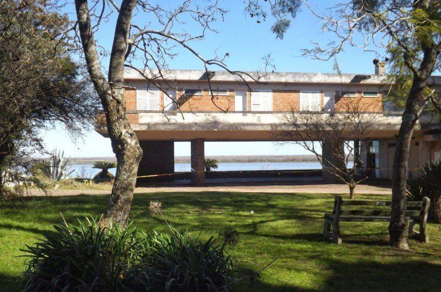 El lugar es uno de los más privilegiados de la costa oeste uruguaya