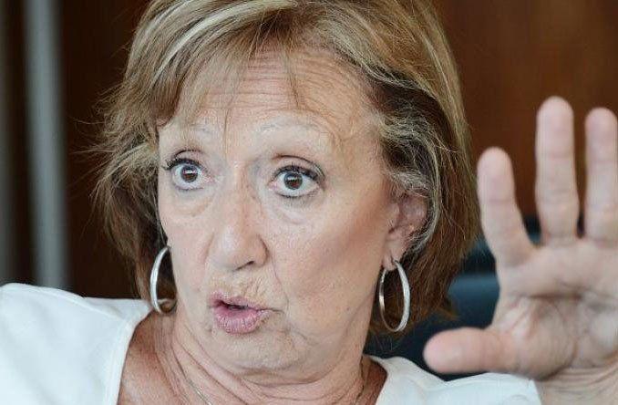La ministra cree que puede haber un tapado de ultraderecha entre las opciones electorales