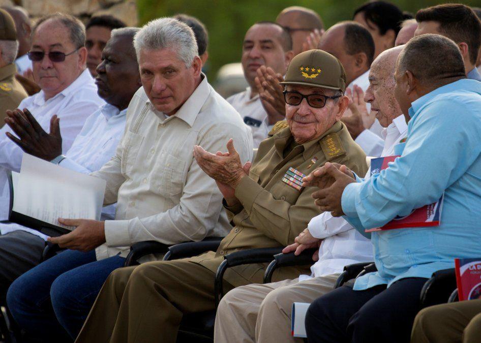 El primer tuit desde la cuenta oficial de un presidente de Cuba