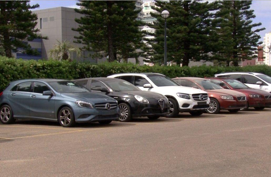 Remataron autos de Francisco Sanabria por más de medio millón de dólares