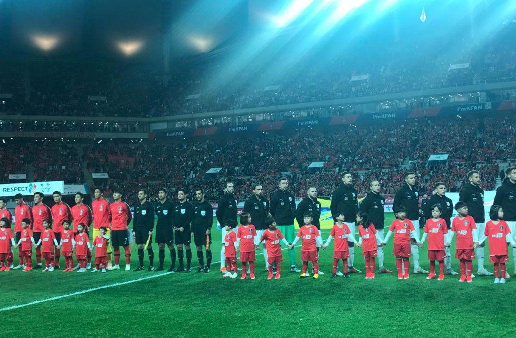 Uruguay jugó mal y perdió bien ante Corea del Sur por 2 a 1