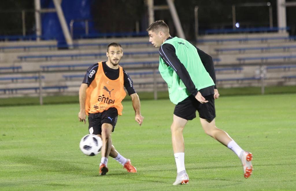 Uruguay ya entrena en Tokio de cara al partido contra Japón el próximo martes