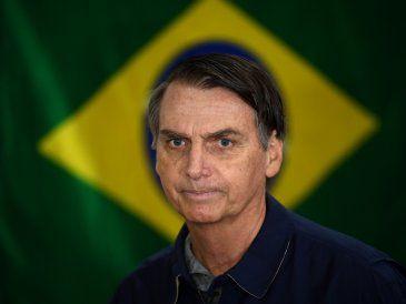"""Bolsonaro amenaza opositores y promete """"limpiar"""" Brasil de """"marginales rojos"""""""