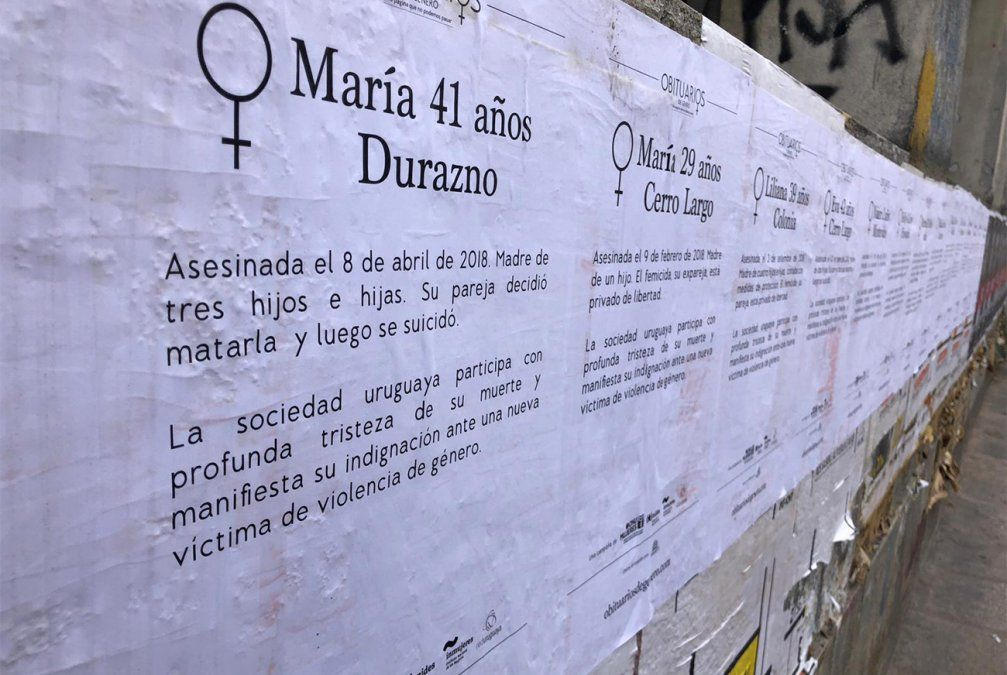 Uruguay amaneció empapelado con obituarios de género