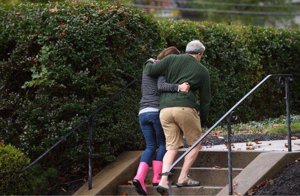 Arrestan a sospechoso de tiroteo que dejó varios muertos en sinagoga