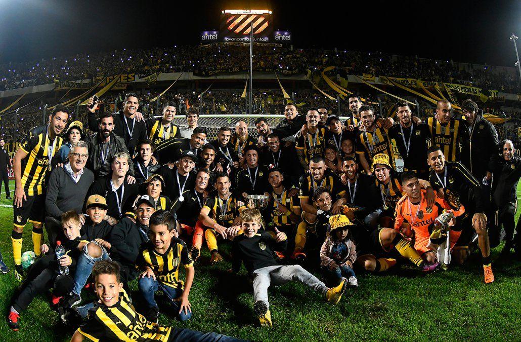 Peñarol le ganó 1-0 a Progreso y se consagró campeón del Clausura en su casa