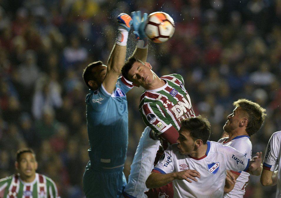 Nacional perdió 1-0 ante Fluminense y se quedó sin Sudamericana