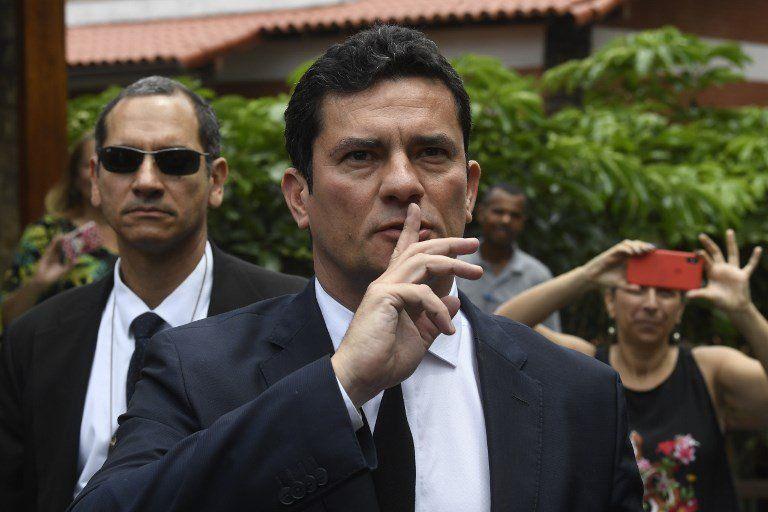Moro nació en 1972 en el estado de Paraná. Es casado y padre de dos hijos.