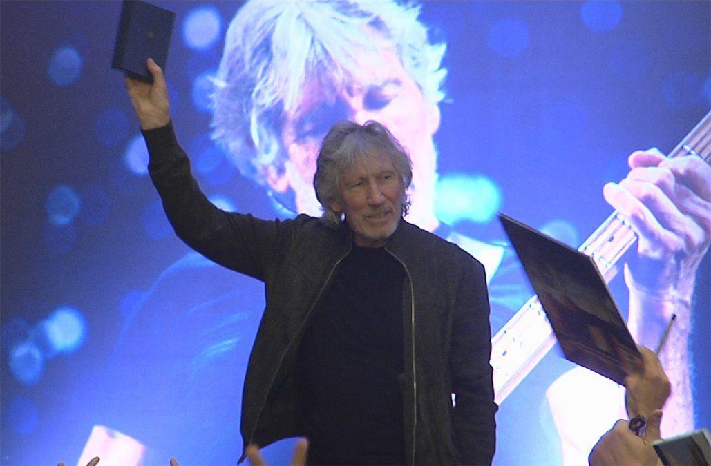 Roger Waters fue declarado Visitante Ilustre y dio conferencia en la sede del PIT CNT