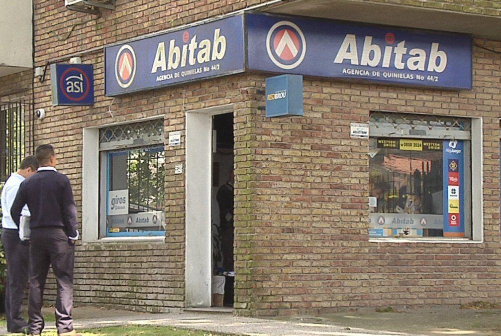 Ola de robos a locales de Abitab: rapiñaron tres en la mañana de este lunes