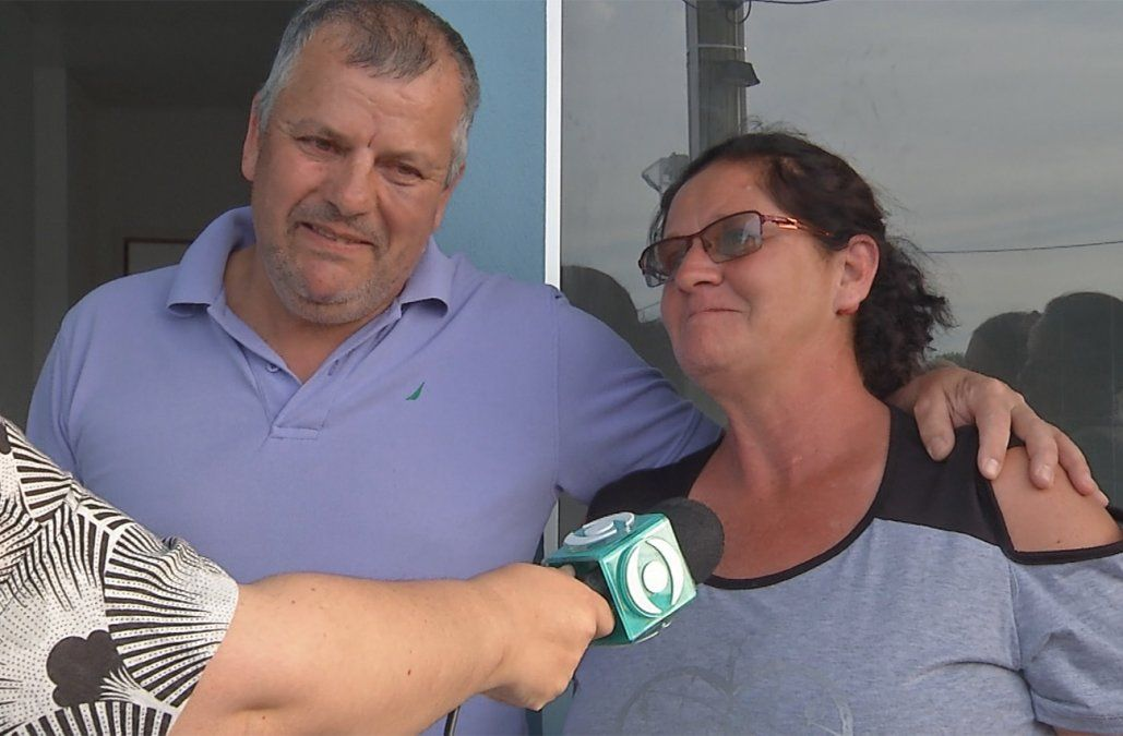 José vivía en una zona inundable y recibió su casa nueva el día de su cumpleaños