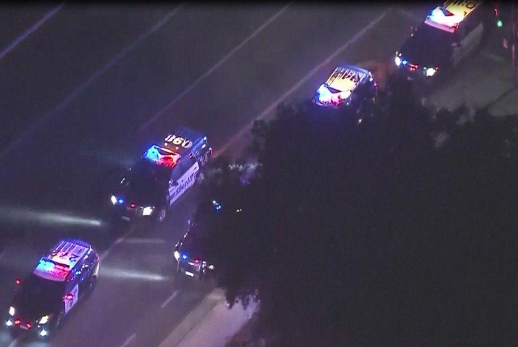 12 personas asesinadas y múltiples heridos tras tiroteo en bar de California