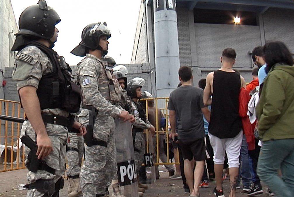 Hubo cinco detenidos por desacato en el operativo por el clásico
