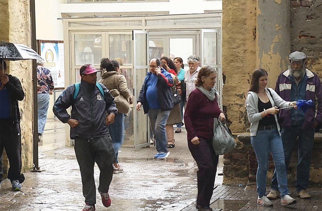 Gran demanda de usuarios en el Pasteur tras dos meses sin entregar números