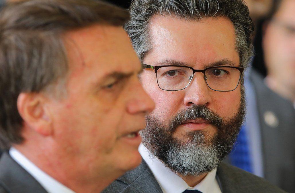 Bolsonaro nombró canciller a diplomático ultraderechista y admirador de Trump