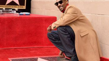Snoop Dogg se agradeció a sí mismo al recibir su estrella de Hollywood