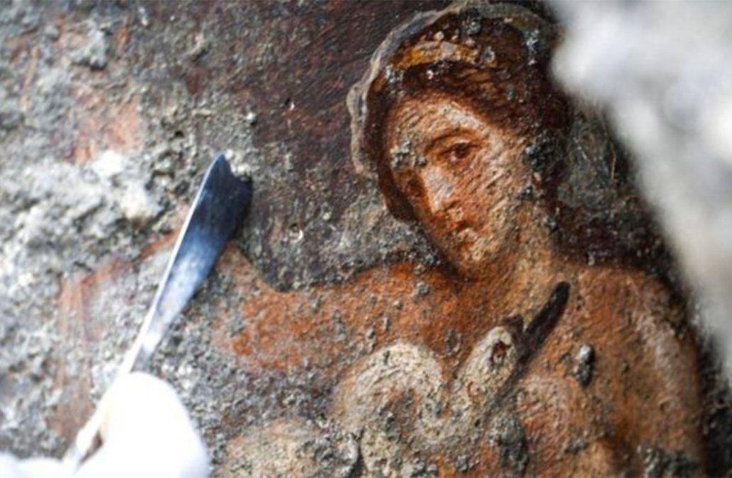 Descubren espectacular fresco erótico en Pompeya