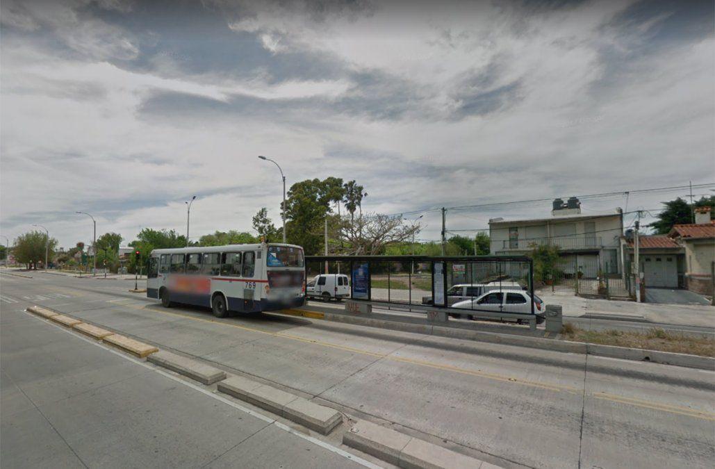 Dos hombres fueron baleados en tiroteo en Garzón y Batlle y Ordóñez