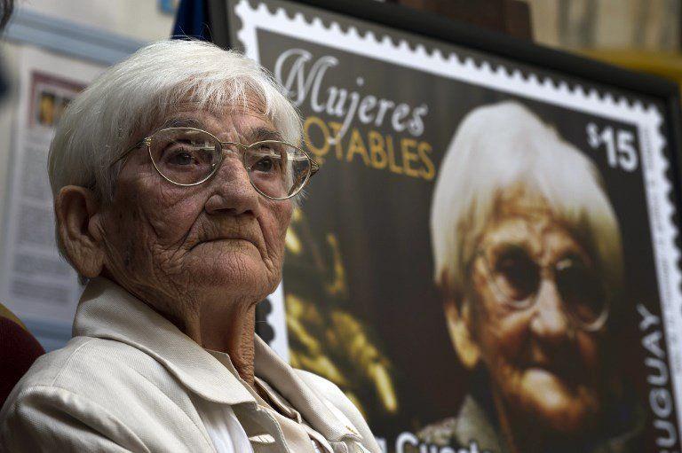 El Correo Uruguayo la homenajeó con un sello en 2014 por su aporte a la lucha por los derechos humanos.