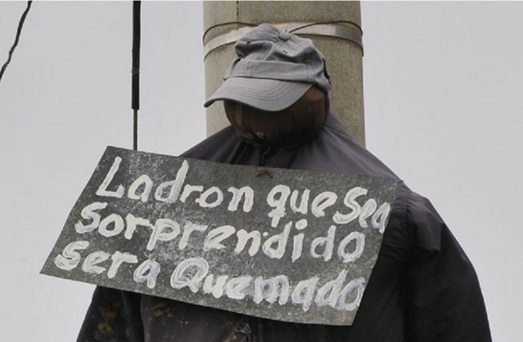 Linchamientos ciudadanos conmocionan a Bolivia, que busca detener la violencia
