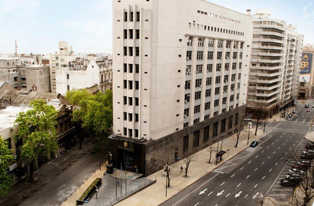 Banco de Seguros inició una investigación que involucraba gran parte de su staff de peritos