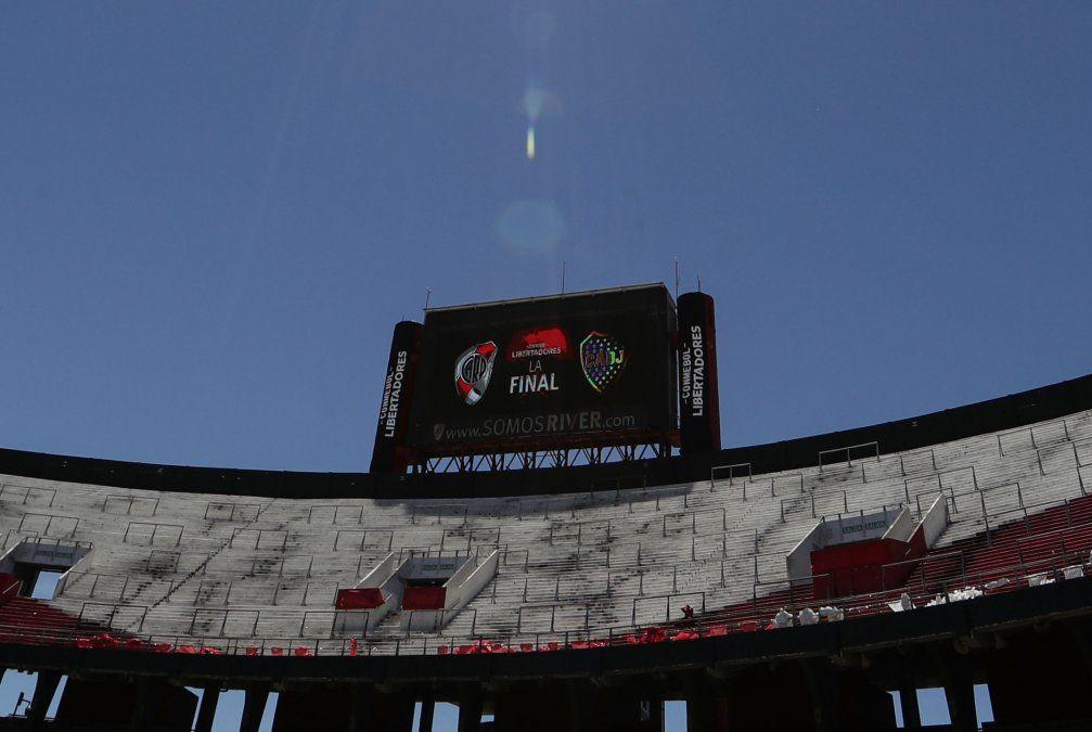 Este martes se fijará nueva fecha de la superfinal de la Libertadores entre River y Boca