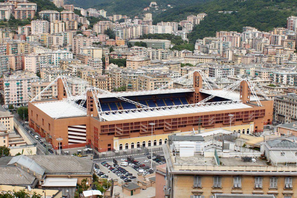 Luigi Ferraris tiene capacidad para 37.000 espectadores
