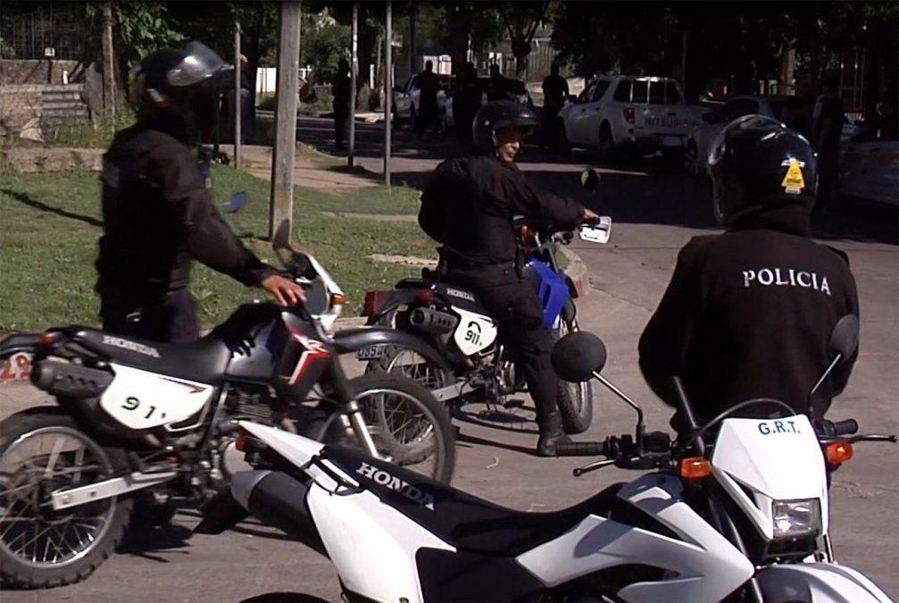 Balearon a policía en el barrio 40 semanas cuando participaba en persecución
