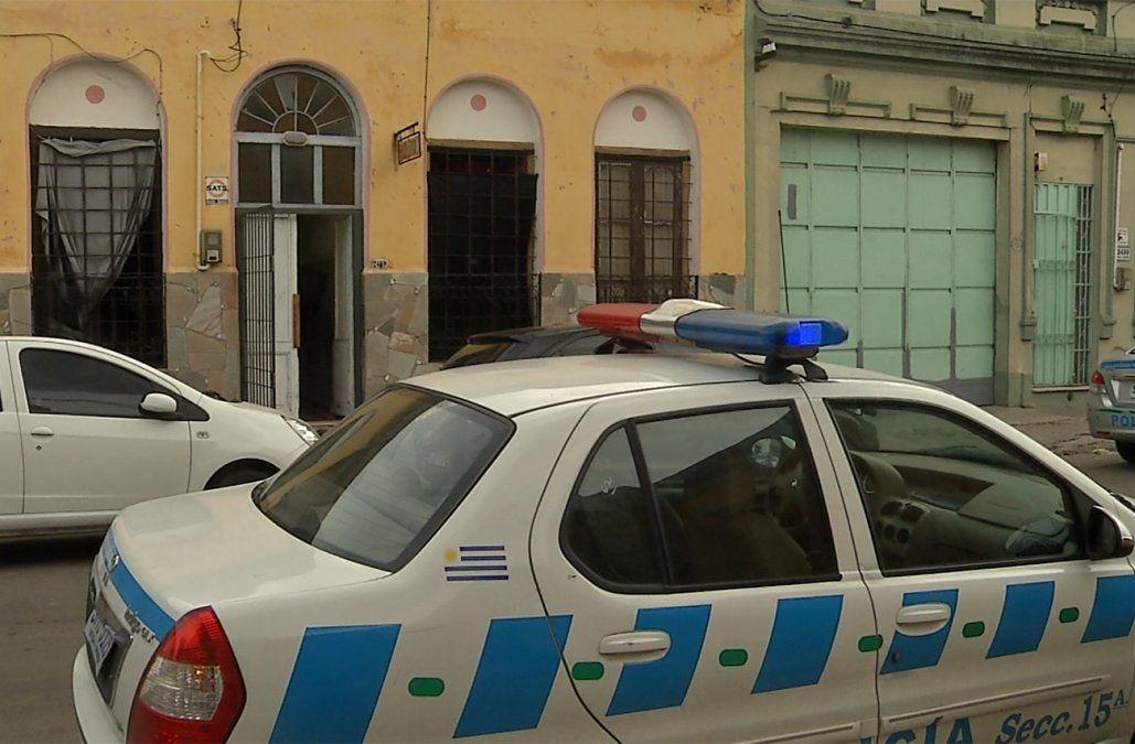 Un retirado policial de 87 años baleó a la dueña de la pensión donde vivía