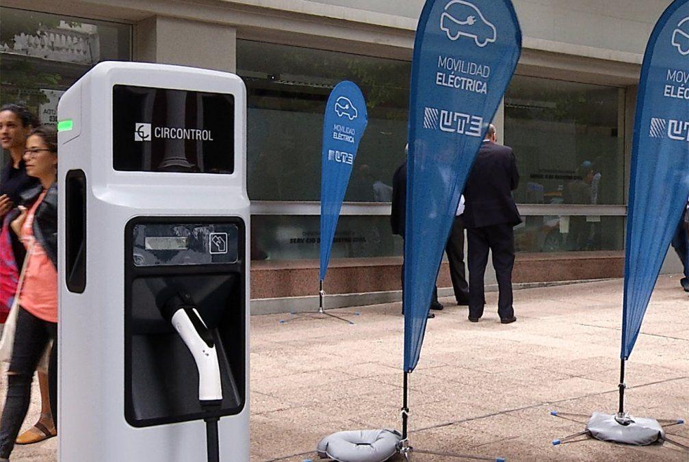 UTE inauguró un centro de carga de vehículos eléctricos en Montevideo