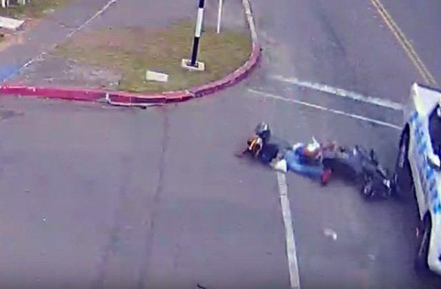 Así fue la persecución y arresto de dos delincuentes que robaron una moto