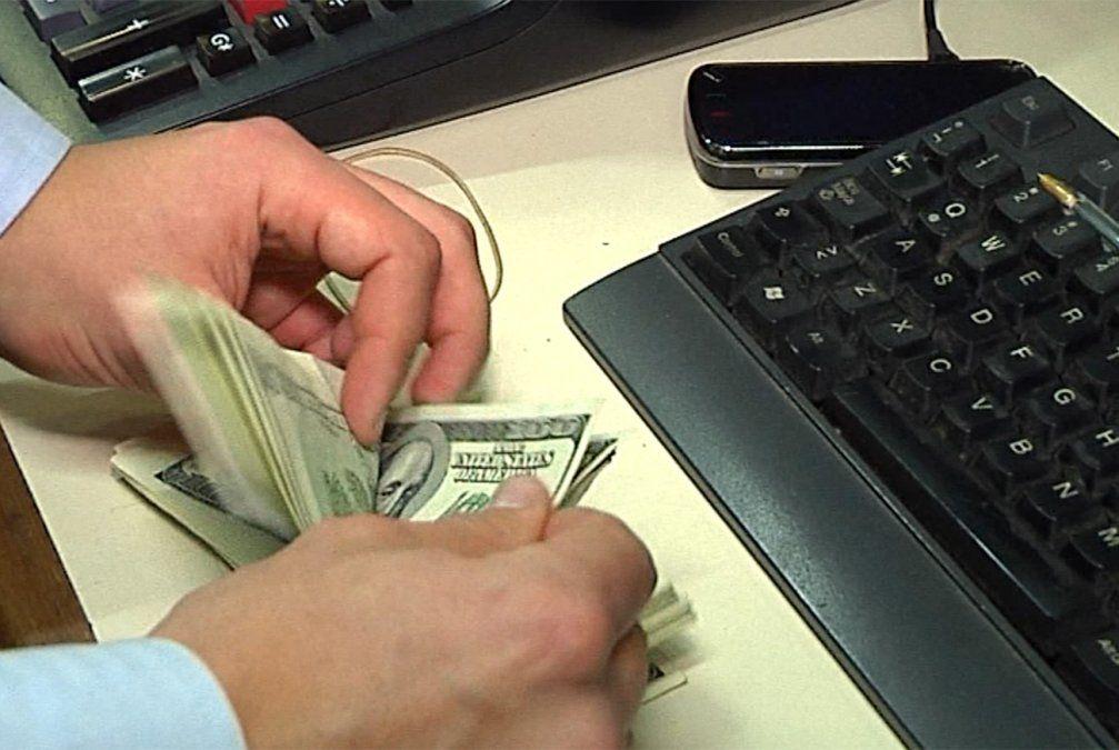 Lavado de activos: amplían registro de profesionales obligados a inscribirse