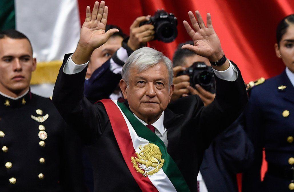 México inició la era López Obrador, con promesa de transformaciones y combate a la corrupción