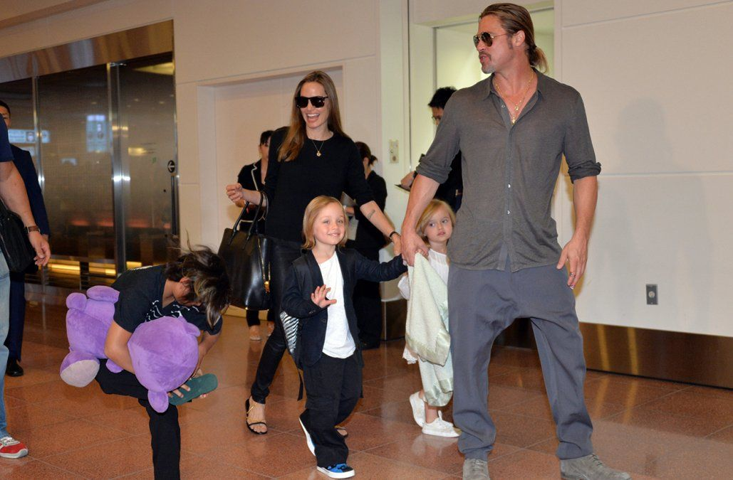 Brad Pitt y Angelina Jolie sellaron un acuerdo por la custodia de sus seis hijos