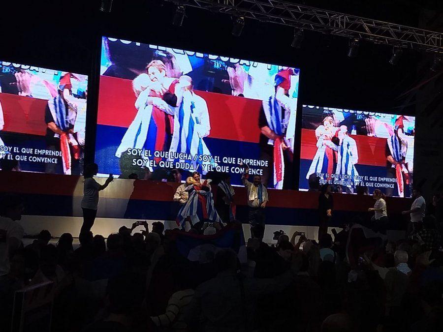 FA proclamó a sus cuatro precandidatos y aprobó las bases del programa para 2019