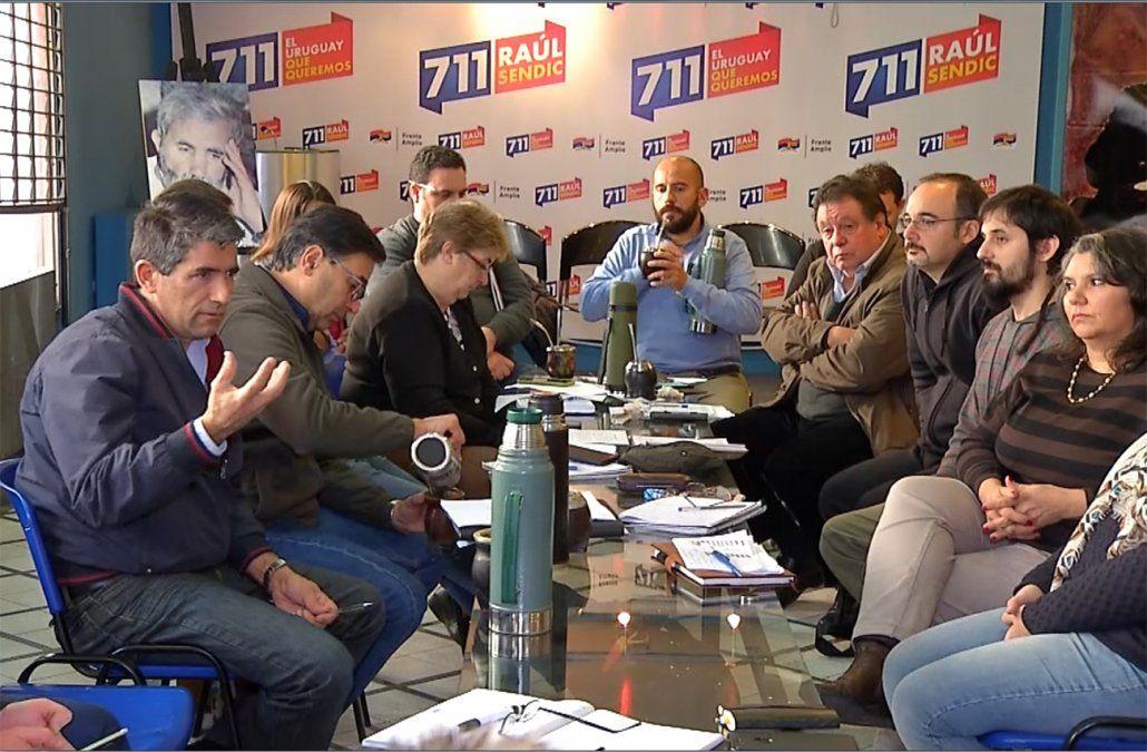 La Lista 711 advierte de una fractura en el FA si sancionan a Sendic y De León