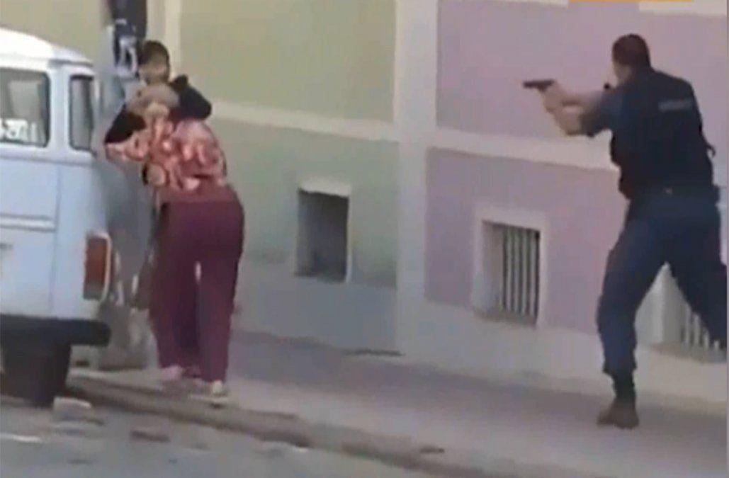 Policías mataron a un delincuente que tenía como rehén a una mujer en Brasil