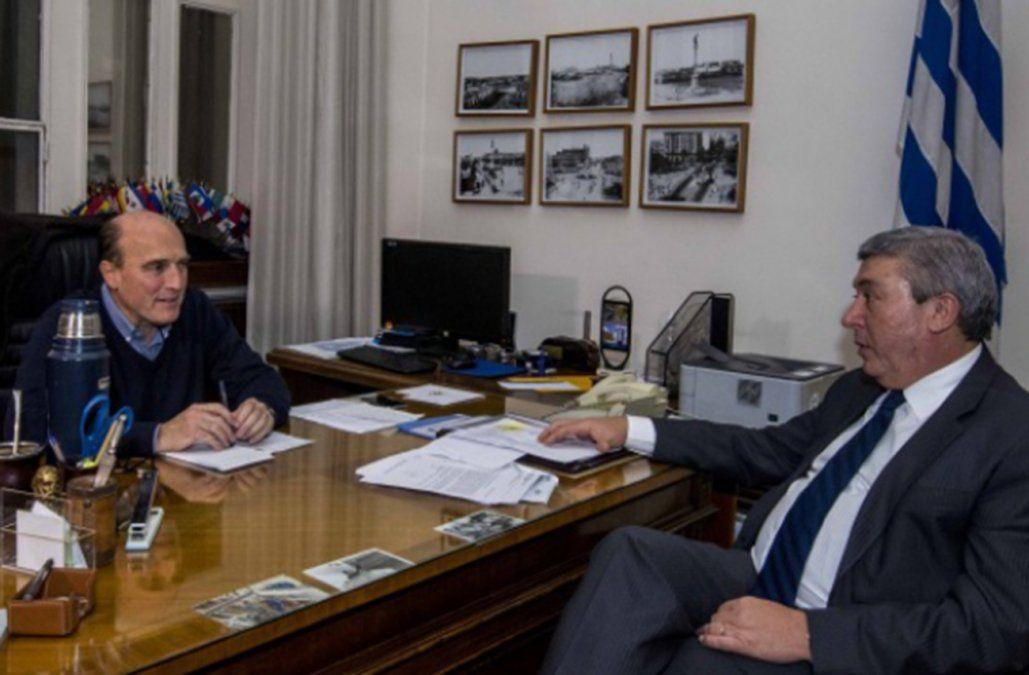 Intendente Martínez y presidente de Cutcsa Juan Salgado