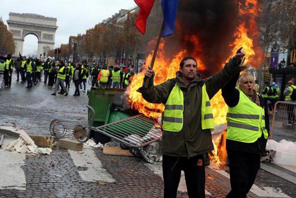 1.723 detenidos el sábado en Francia en manifestaciones de los chalecos amarillos