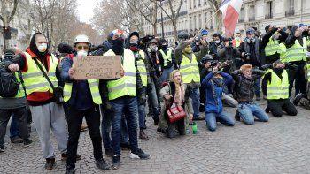 Macron se dirigirá el lunes a la nación por crisis de
