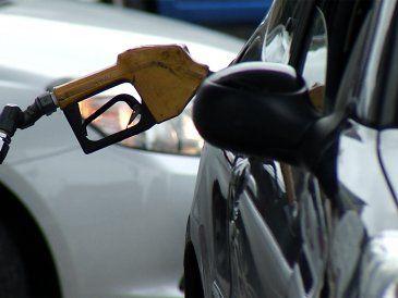 Vuelve la nafta a las estaciones y esperan que todo se normalice martes o miércoles